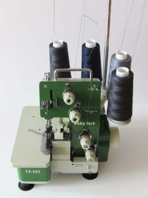 EA 605 SERGER | Needle and Foot